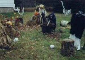 Concours d'halloween 1999 chez Diane Héroux. Prise par Inconnu