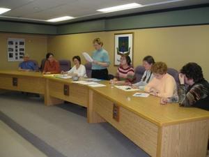 La présidente du CA 2006 en compagnie des  nouveaux membres du CA 2007 Prise par Claude Bergeron