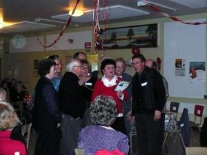 Fête de Noël 2008 : Des chansons de Noël « remixées ». Prise par Nicole Sanschagrin
