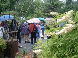 Voyage 2009  Jardins Daniel Séguin  - L'après-midi pluvieux ne nous a pas empêchés d'admirer ces beaux jardins -  Prise par Jean-Pierre Sabourin