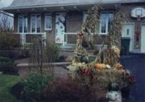 Concours d'halloween 1999 chez Carole Paquet et Pierre Rochette. Prise par Inconnu
