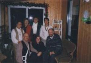 Le conseil d'administration de 1998 : C. D., Arlette G., Carole P., Yves B., Sylvie L., Jean-Guy P. et Maryse N. Prise par Inconnu