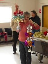 Party de Noël 2009 - Démonstration élégante! -  Prise par Nicole Sanschagrin