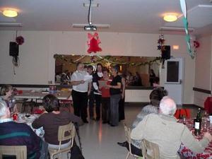 Party de Noël 2009 - Une petite chanson composée par les participants à la fête. -  Prise par Sylvain St-Onge