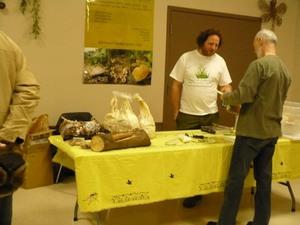 Un autre sujet passionnant: la culture des champignons Prise par Nicole Sanschagrin