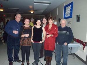Un beau groupe d'amis. Prise par Catherine Sylvain