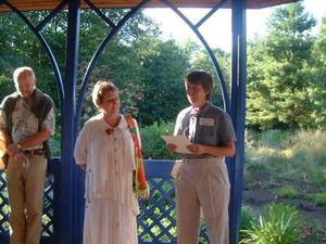 Nicole Sanschagrin fait l'hommage de Lise Meilleur, ancienne présidente. Prise par Diane Héroux